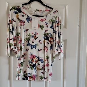 Amelia James Medium top